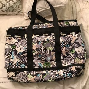 LeSportsac doves and peace signs